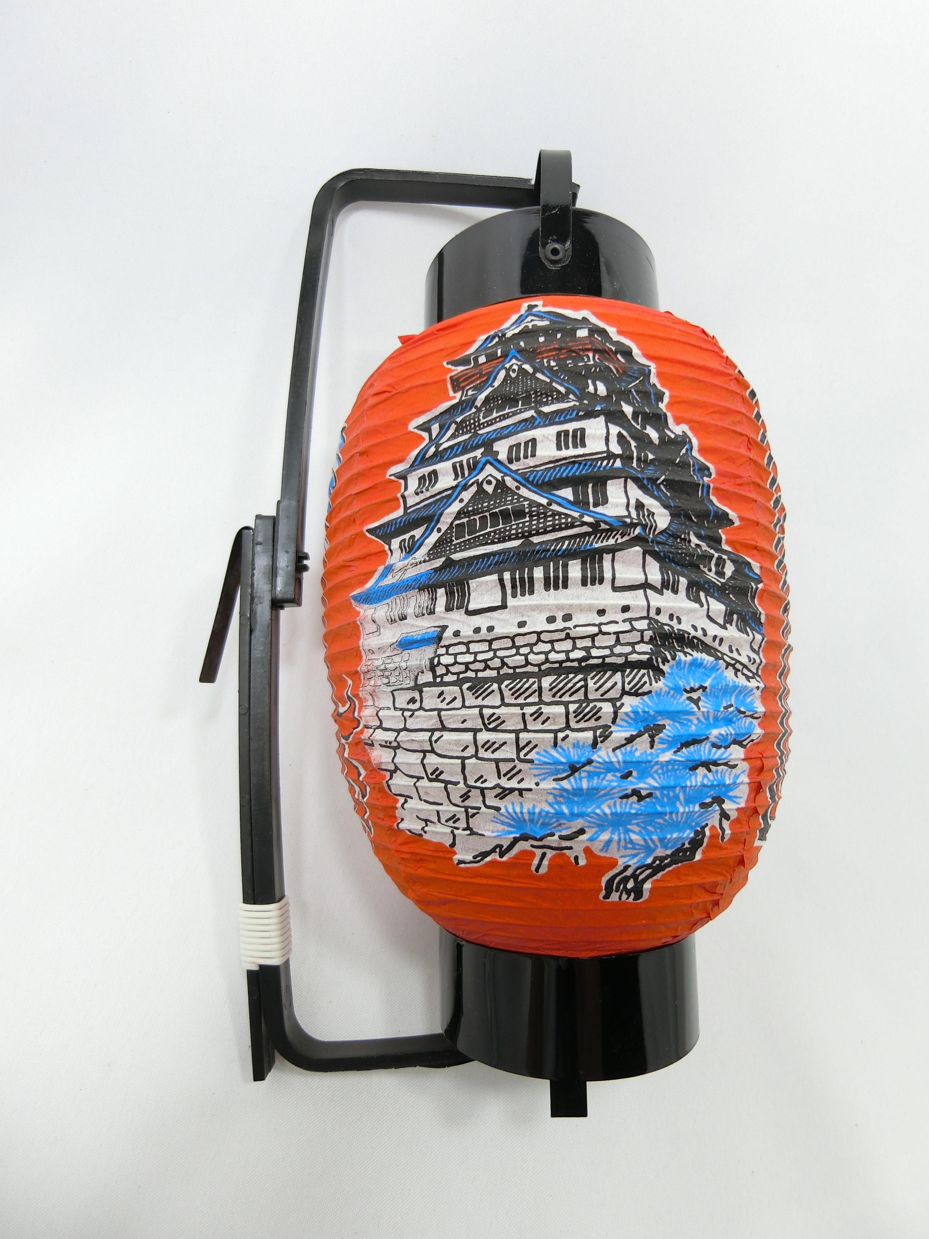 大阪城(左)